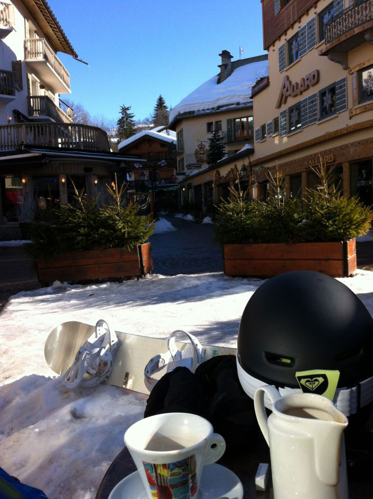 Megeve Centre Coffee Stop_optimsed