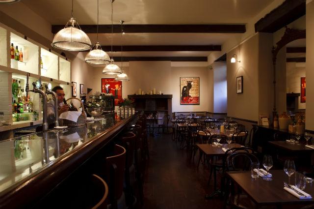 Anfora wine bar
