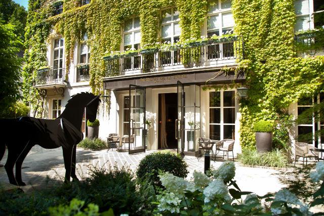 Image result for pavillon de la reine