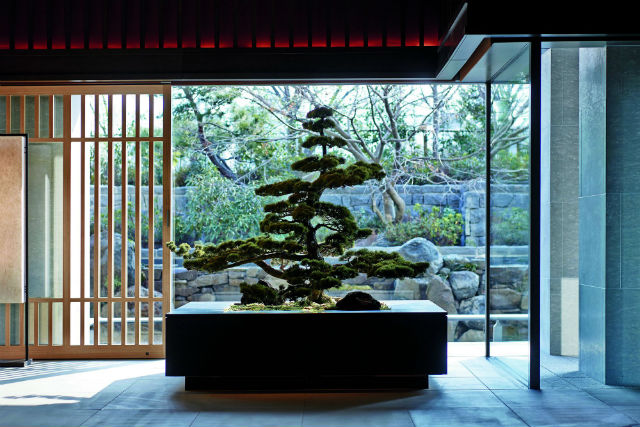 A Name Synonymous With Luxury The Ritz Carlton Kyoto Is Situated On Kamogawa River Views Out Over Higashiyama Mountains 134 Rooms And Suites