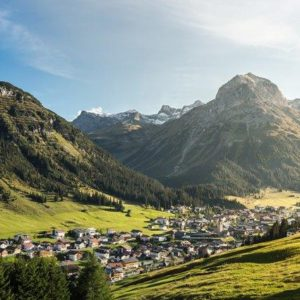 Lech Village (© Hanno Mackowitz)