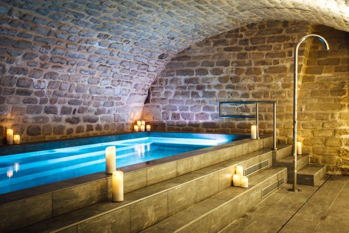 04-hotel-square-louvois-piscine