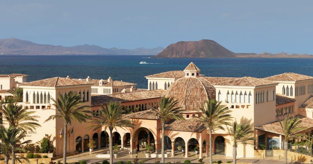gran hotel atlantis bah a real fuerteventura s 5 star gastronomic hotel. Black Bedroom Furniture Sets. Home Design Ideas