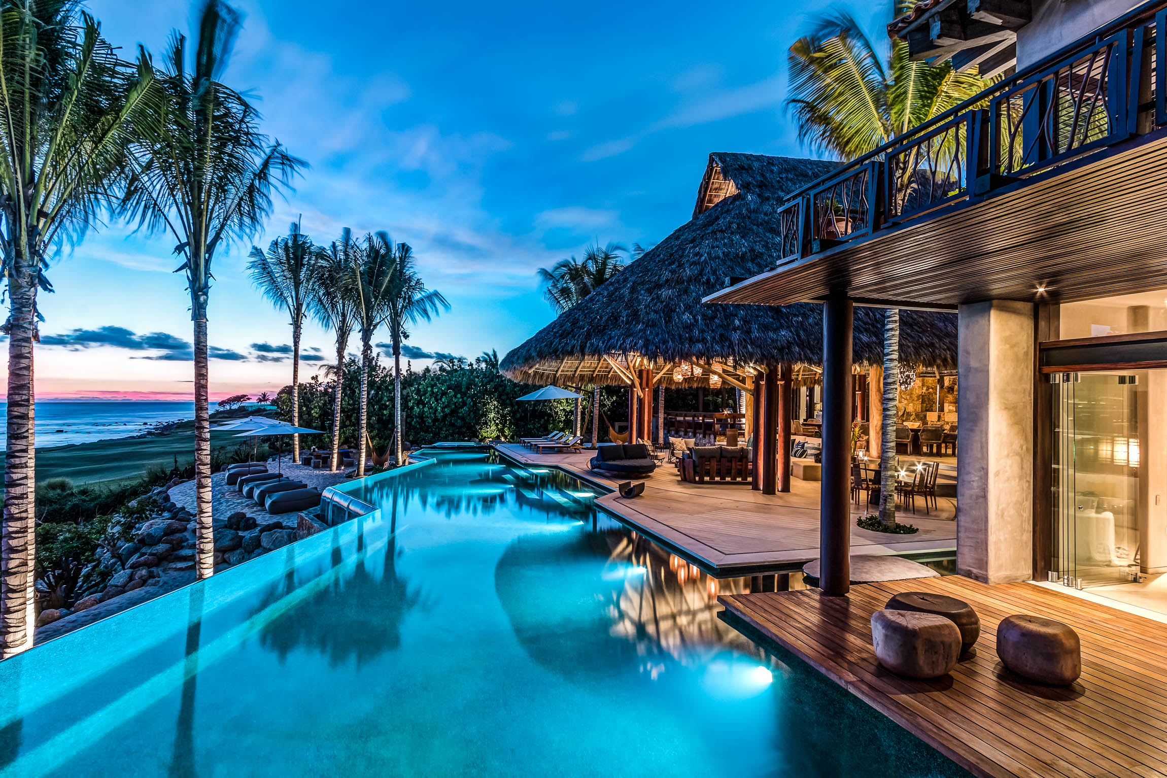 Luxury Retreats & Beach Villas