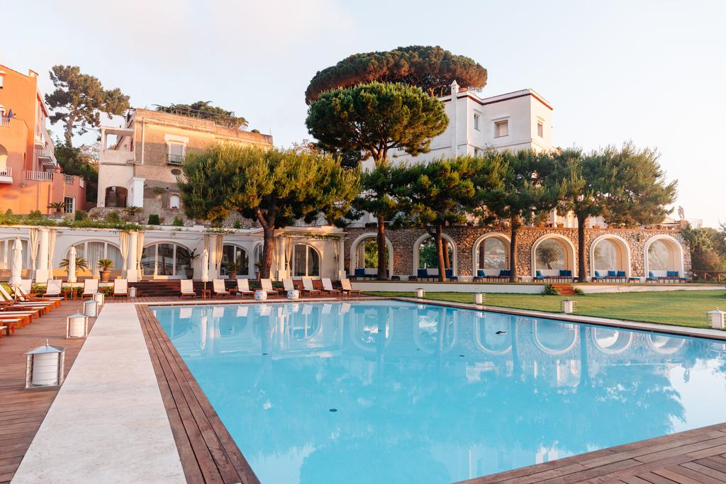 Best Luxury Hotels in Capri
