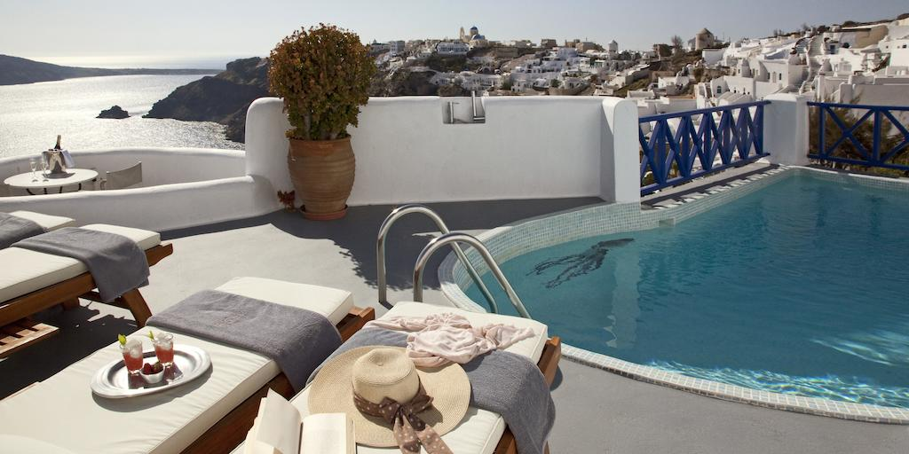 Best Luxury Hotels In Santorini