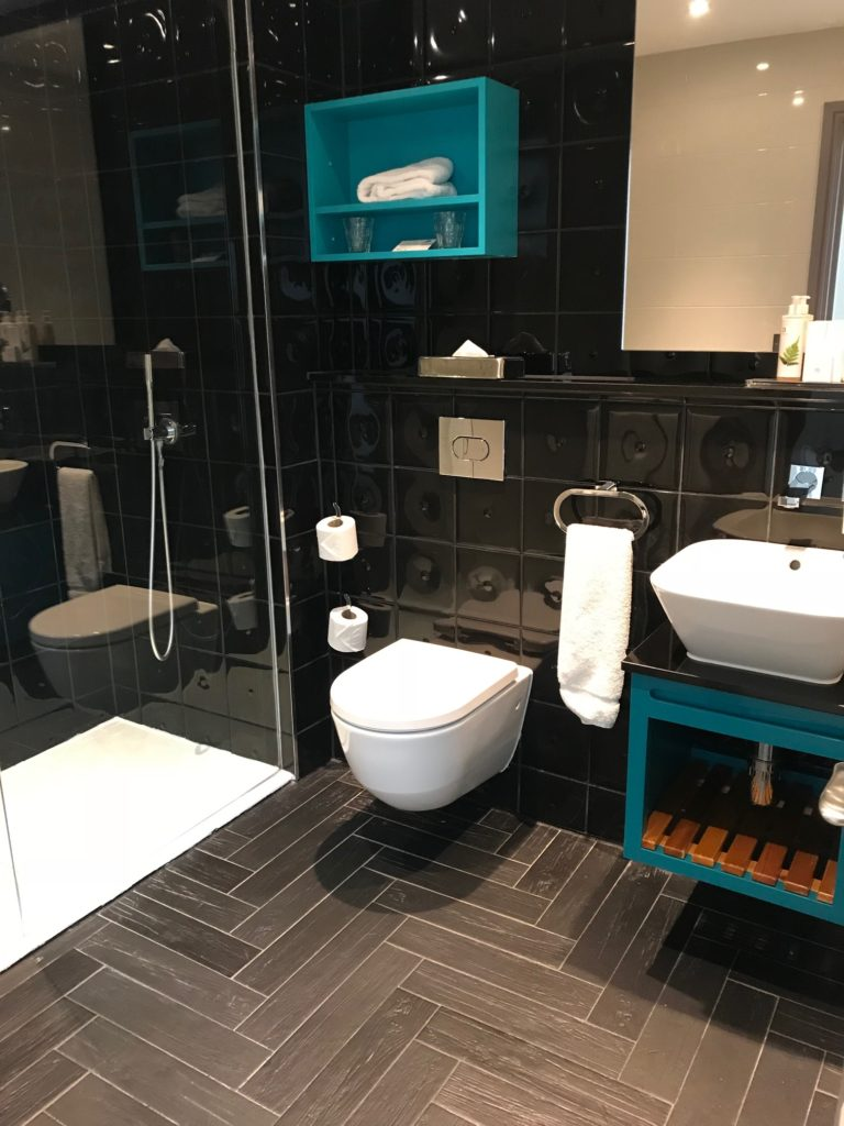 Hotel Indigo Bathroom